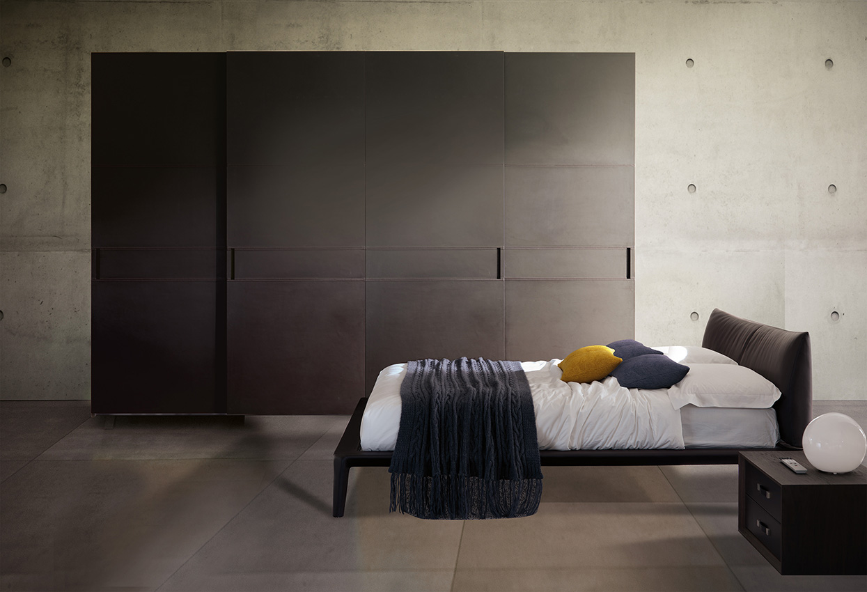 Bedroom furniture art design group for Design furniture replica italy